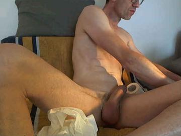 Cumming camslut